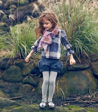芭乐兔童装愿意当你的装备 带你走进自然风光