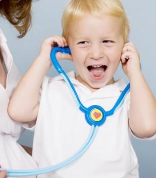 小儿感冒和五个原因有关 需从四个方面预防