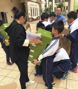遇见南武学校孩子们的欢声笑语 遇见早晨健康童鞋