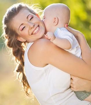 宝宝到底应该横着抱还是竖着抱 很多家长都弄错了