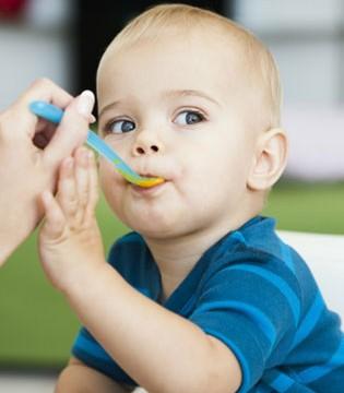 何时让宝宝吃上第一口肉 它对孩子的身体发育又有哪些好处