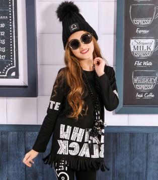 需要御寒保暖 也别忘了黑白熊品牌的打底套装哦