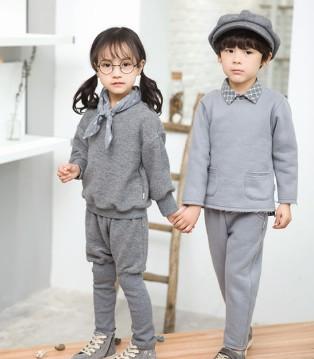 灰色真的不挑人 看琦瑞德泽品牌的文艺搭配就知道