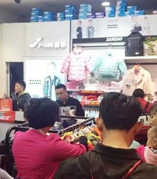 剑桥惠州万达店开业火爆人气势不可挡 业绩创新高
