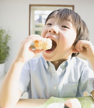 2岁宝宝食谱:一日之际在于晨 营养早餐吃起来