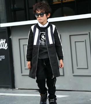 下一个奇迹童装 能给小男童带来酷帅感 一定不能错过
