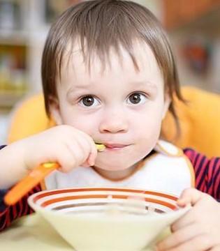 孩子厌食危害不容小觑 如何判断孩子是否厌食