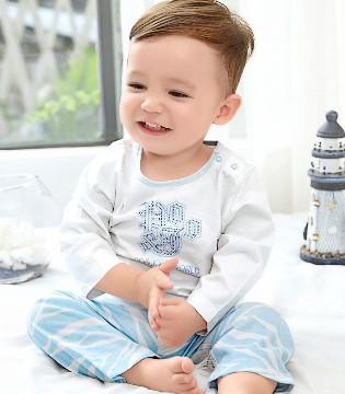 宝宝内衣怎么挑选 如何给宝宝挑选合适的内衣