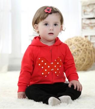 如何及时发现宝宝中耳炎 专家教你正确识别