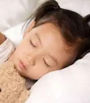不抱不摇 让宝宝自然入睡的5个绝招 你学会了吗