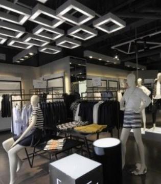 风向变了 快时尚Zara突然以5亿美元打包出售16家门店