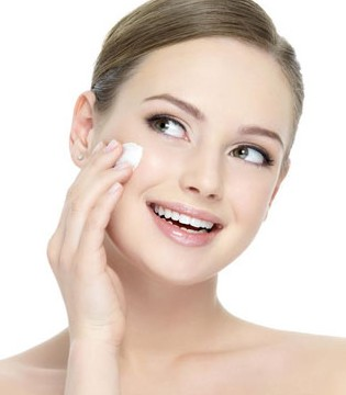 女性冬季皮肤如何保健 冬季的护肤五大禁忌