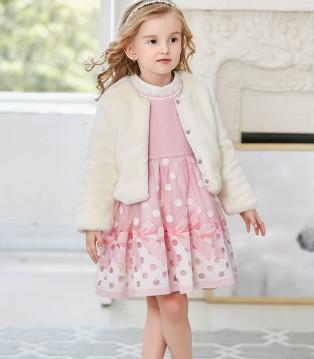 卡莎梦露时尚童装 不如就做一个粉色的小天使吧