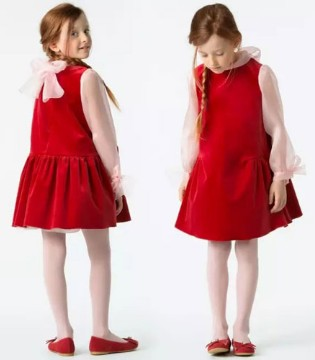 """IPINCOPALLINO:在意大利 她比圣诞老人还""""红"""""""