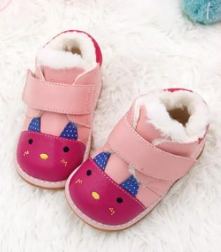 选购学步鞋关键点 帮助宝宝迈出每一步