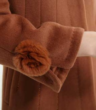 清洗大衣这件事 只需要你的毛巾就可以啦
