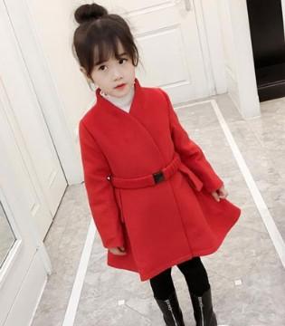 冬季一件呢子外套 足以展现小女孩淑女优雅的气质