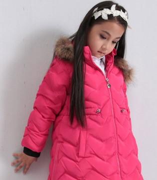 小猪芭那品牌童装羽绒系列 让宝贝成为时尚的焦点