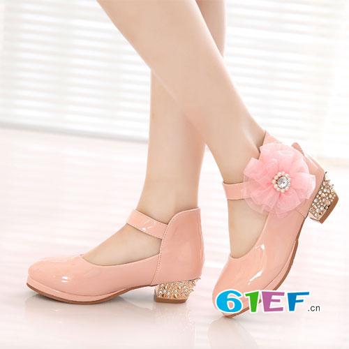 除夕快到了 出席宴会 穿上这几款美美的公主鞋吧