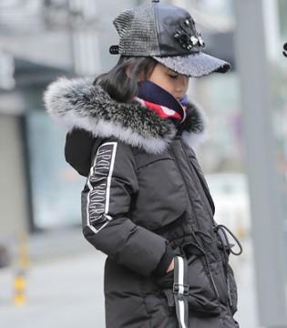 冬季很冷 小象Q比2017冬季羽绒服可以给你足够的温暖