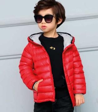 零零柒童品保暖羽绒服 让孩子穿出时尚与酷炫的感觉