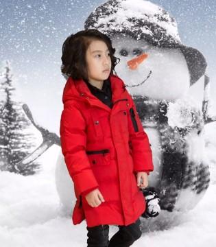 冬天的美少年 他穿上了Outride越也品牌的冬装