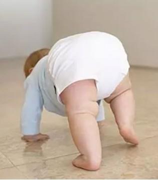 别再说宝宝的红屁股是因为纸尿裤了 还可能是因为这个