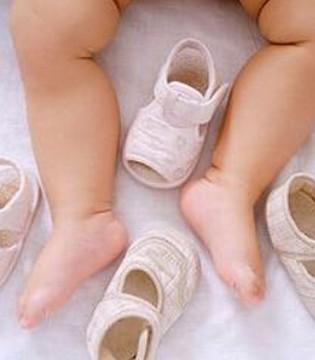 宝妈必看 宝宝的小脚丫为什么会这么臭