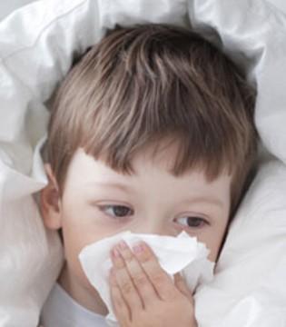 """流感肆虐 儿科爆满 家长如何避免宝宝""""中枪"""""""