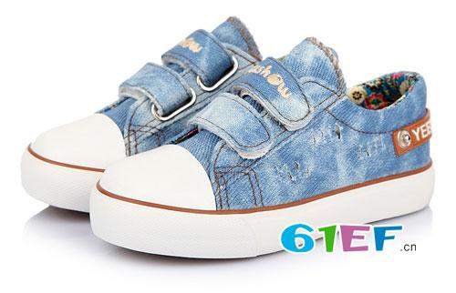 新颖时尚的帆布鞋系列 愿是宝贝的成长伴侣