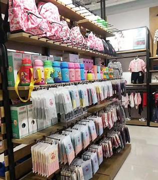 10余天便有PEPCO小猪班纳童装品牌10余家新店隆重开业