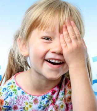这些行为会对眼睛造成伤害 如何保护孩子的眼睛