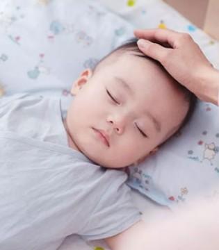 """优质睡前安抚 帮你轻松搞定""""闹觉宝宝"""""""