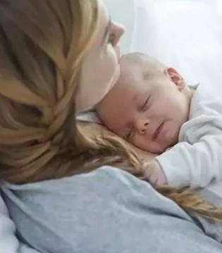 关于宝宝睡觉的几点注意事项 妈妈们一定要重视