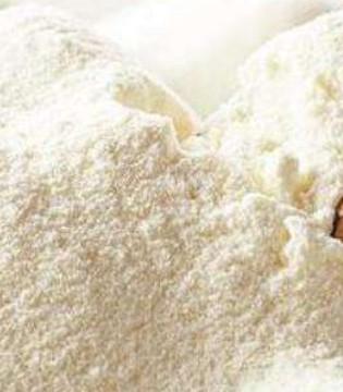 问题奶粉 致30余婴幼儿患病 法农业部要求完全销毁召回产品