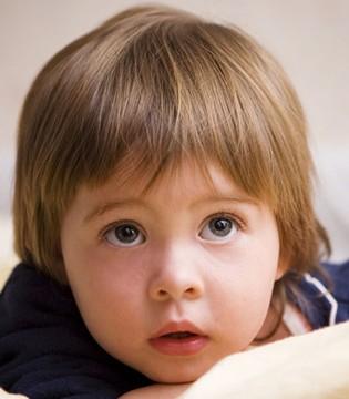 孩子到了换牙期 这四个问题得重视