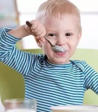 寒冬季节 给宝宝选择羊奶粉的好处