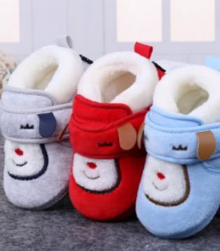 可爱加绒学步鞋 宝宝穿上它非常惹人喜爱