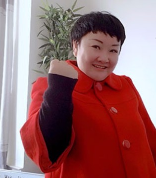 恋衣臣童装品牌负责人杨总真诚祝愿你快乐每一天