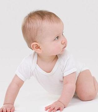 怎么判断新生儿黄疸 注意它的特征