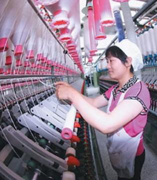 中国纺织工业增加值增速逐渐趋稳 全年达4.8%