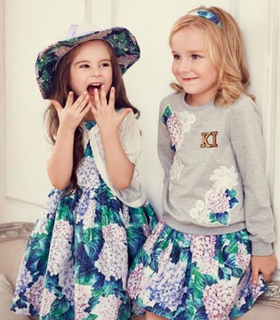 IKKI安娜与艾伦春装新品上市 时尚指引即将开启