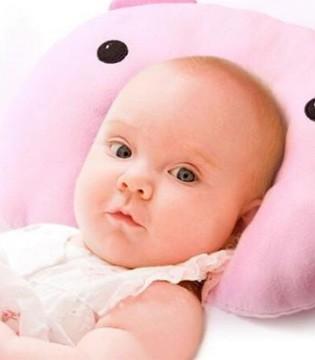 宝宝多大可以用枕头呢 当妈的都应该看看