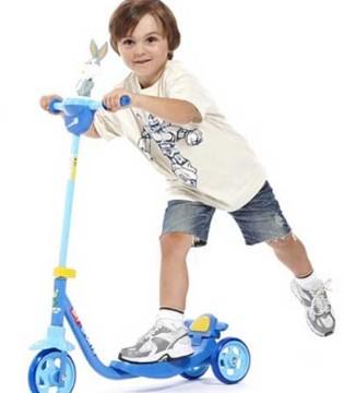 儿童滑板车哪种好 选购儿童滑板车三大技巧