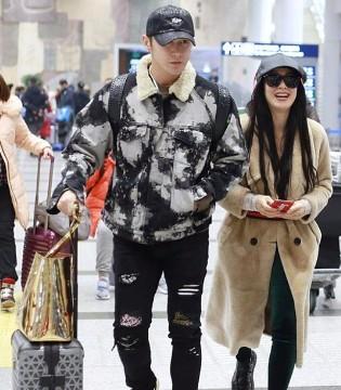 鲜少秀恩爱的钟丽缇张伦硕夫妇近日连连合体出现在机场