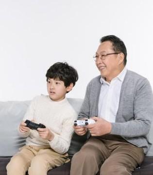 家庭教育 :父母的五种语气胜过任何鼓励
