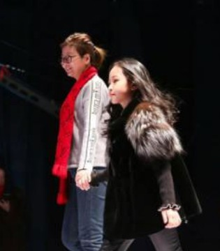 """KC""时尚品牌惊艳亮相哈尔滨国际儿童冰雪时尚周"
