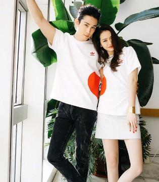 """明星夫妇戚薇和李承铉亲身示范浪漫情人节如何""""撒糖"""""""