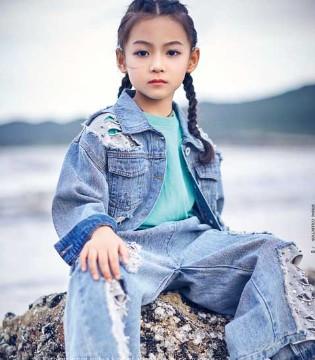 小资范品牌2018春季新款搭配 给予宝贝们不同的时尚风范
