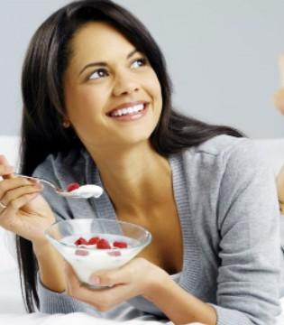 女性日常做这6件事可预防不孕 女性不孕吃什么食物好